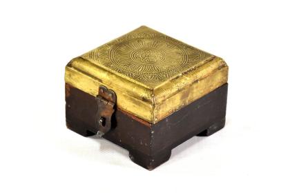BOX8705A-C18-.JPG