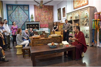 sanu-babu-rozhovor-nabytek-obleceni-indie-nepal-podnikani-ve-svete-3-.jpg