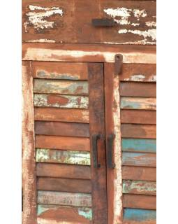 "Komoda z antik teakového dřeva, ""GOA"" styl, 153x40x84cm"