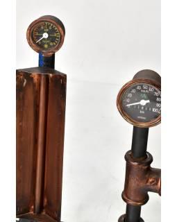 Železná lampička z recyklovaných součástek, 42x20x75cm