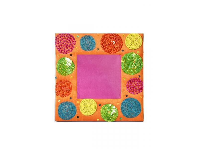 Ručně vyšívaný rámeček na fotografii, oranžovo-růžový s korálky a flitry, 18x18