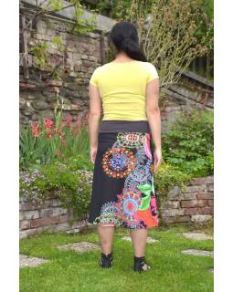 """Černá sukně ke kolenům """"New Jamy"""" s barevným potiskem, pružný pas"""