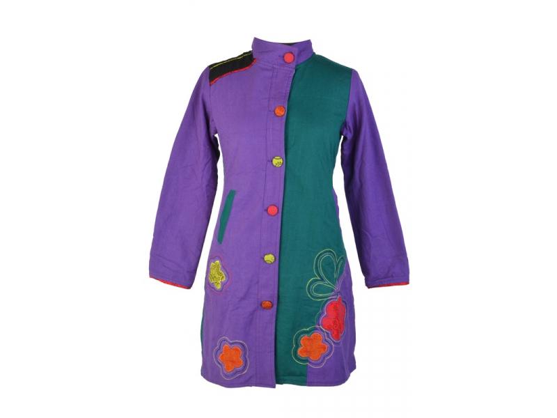 Tyrkysovo fialový kabátek zapínaný na knoflíky, květinové aplikace a výš., kapsy