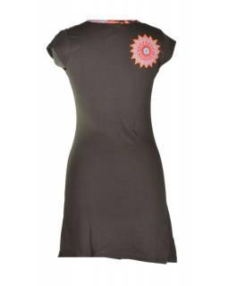 Krátké černo-oranžové šaty s krátkým rukávem, mandala design, atypický výstřih