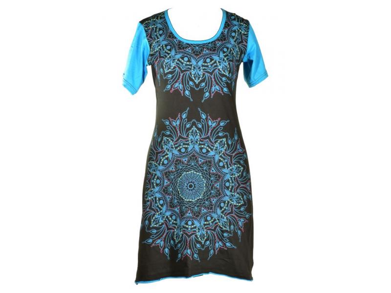 Krátké černo-tyrkysové šaty s krátkým rukávem, mandala potisk a výšivka