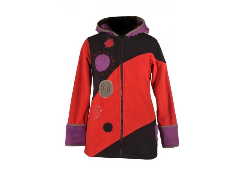 Černo vínový kabátek s kapucí s aplikacemi spirál a výšivkou