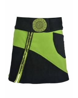 Krátká černo zelená fleecová sukně s výšivkami, zapínání na zip, kapsa