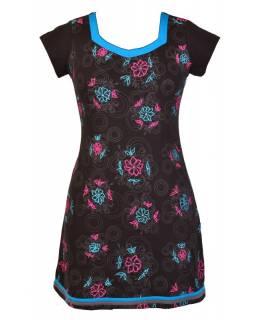 """Krátké černé šaty """"Rose"""" design, šedý potisk, tyrkysovo růžová výšivka"""