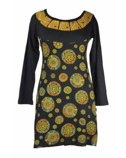 Krátké černé šaty s dlouhým rukávem, Chakra tisk a výšivka, zipy u krku