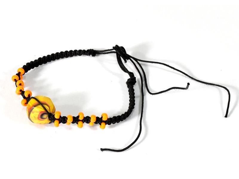 Pletený náramek se žlutými korálky, nastavitelná velikost