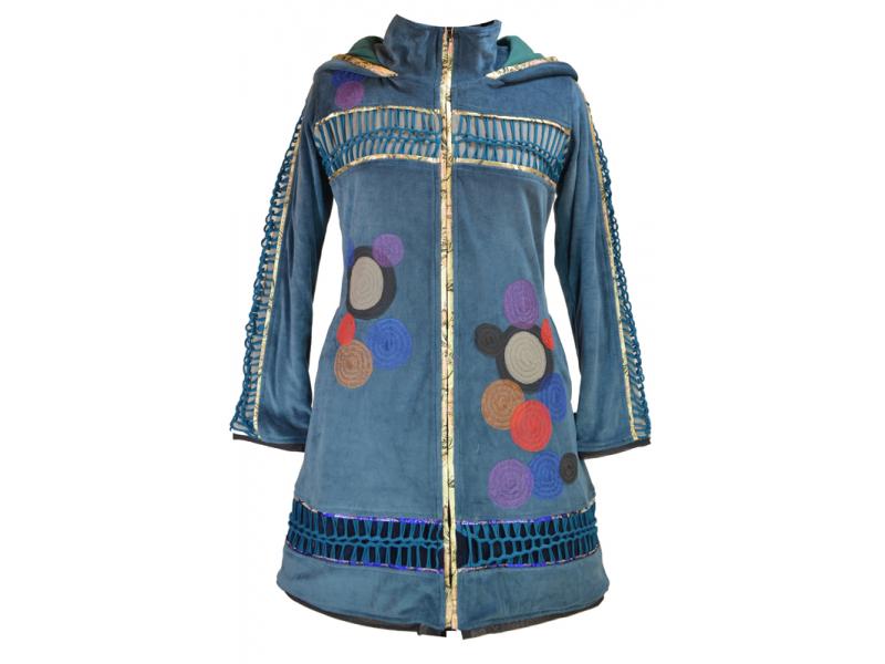 Sametový  kabátek s kapucí, modrý, pletené prostřihy, kruhové aplikace a lem