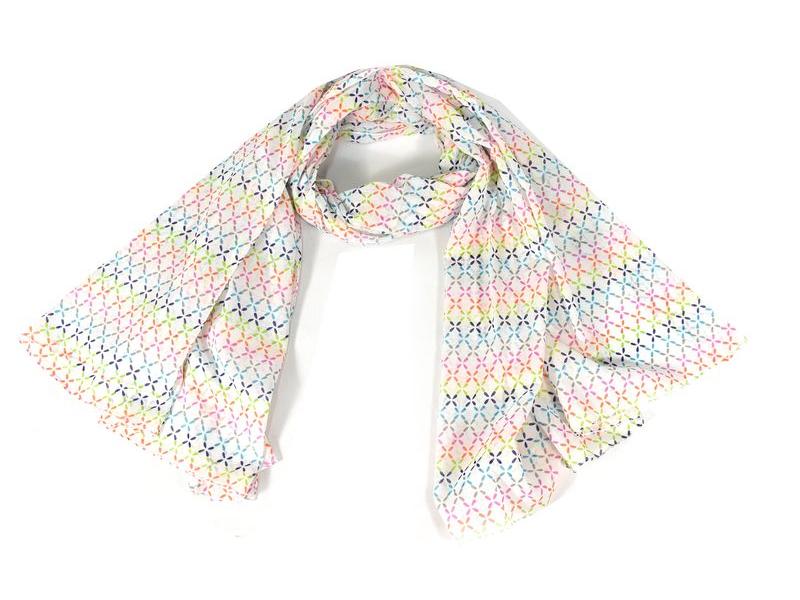 Sárong s barevnými křížky, bílý, 180x105cm