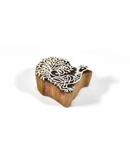 Dřevěné vyřezávané razítko ve tvaru páva, 7x6cm