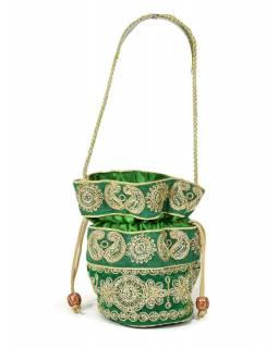 Malá zelená kabelka bohatě zdobená zlatou výšivkou a flitry, 19x19cm