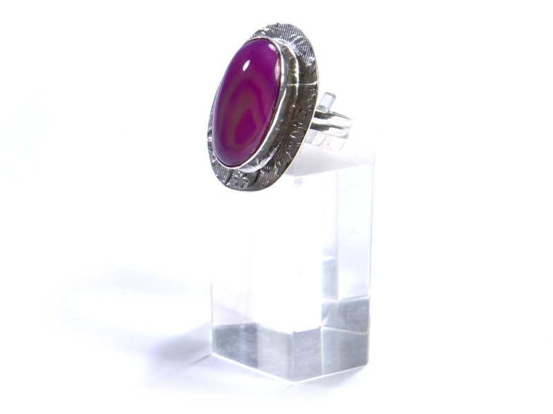 Prsten s polodrahokamem, barvený achát, postříbřený (10µm)