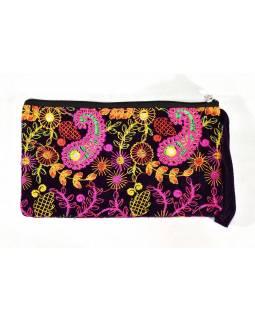 Bohatě vyšívaná malá tm.fialová taštička, samet, zapínání na zip, 25x14cm