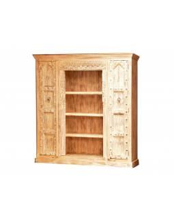 Skříň z antik teakového dřeva, bílá patina, 197x47x201cm
