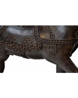 Houpací kůň, ručně vyřezávaný, antik, mangové dřevo, 104x30x78cm
