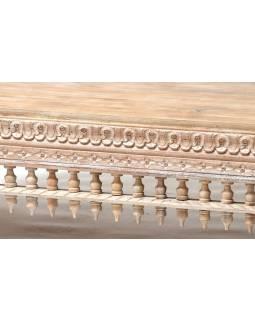 Masivní lavice z mangového dřeva, bílá patina, ručně vyřezávaná, 148x62x92cm