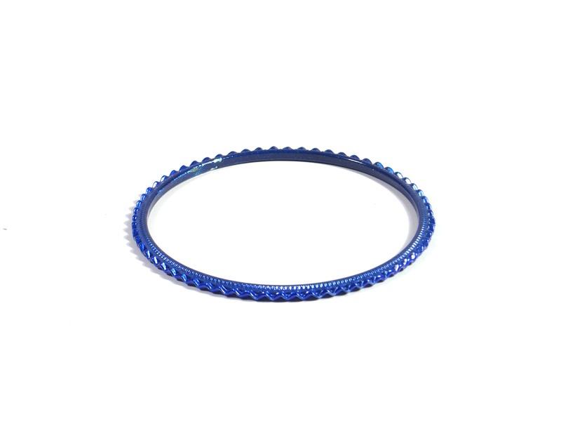 Kruhový náramek s vroubkováním, modrý