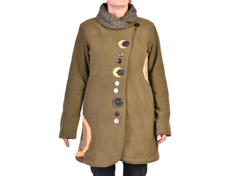 Khaki fleecový kabát s límcem zapínaný na knoflíky, barevné aplikace, potisk