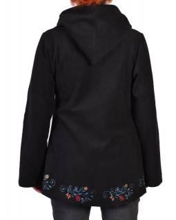 Černý kabát s kapucí zapínaný na knoflík, květinový výšivka