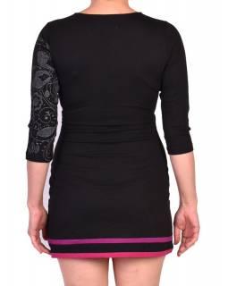 Černo-růžové  šaty s dlouhým rukávem, potisk lace, výšivka