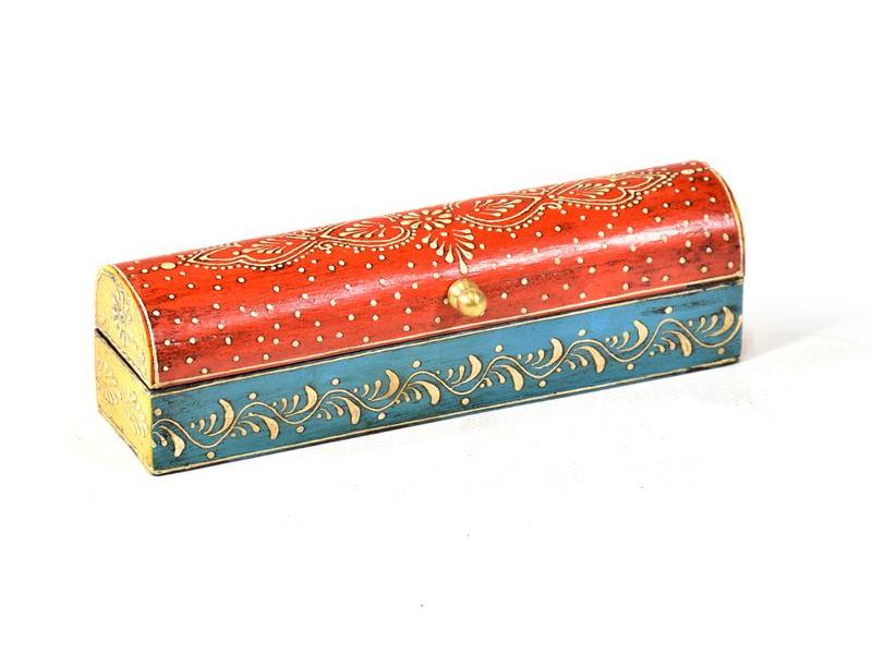 Ručně malovaná dřevěná truhlička, červeno modrá, 20x5x5,5cm