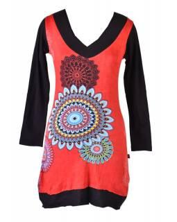 Červené šaty s dlouhým rukávem, Mandala potisk, V výstřih