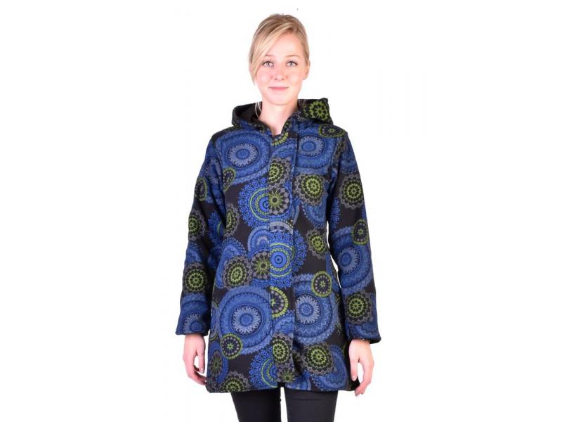 Černý kabát s kapucí zapínaný na zip, potisk mandal, kapsy