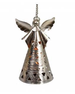 Anděl, závěsný kovový svícen, ruční práce, prořezávané ornamenty, výš.17- 19cm