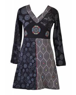 Černo-šedé šaty s dlouhým rukávem, mix potisků, mandala aplikace, výšivka