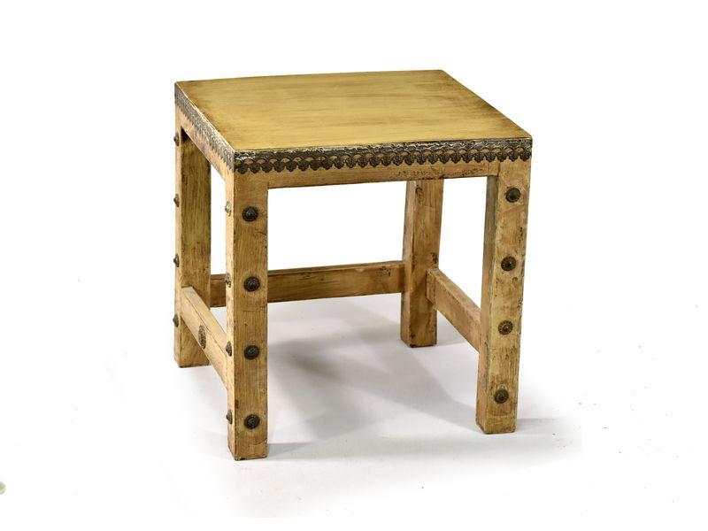 Stolička z antik teakového dřeva zdobená mosazným kováním, 27x34x38cm