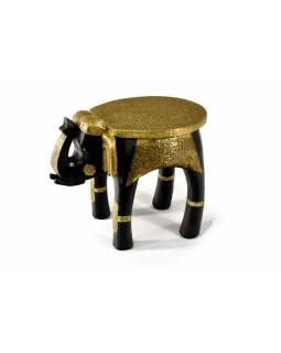 Stolička ve tvaru slona zdobená mosazným kováním, 40x27x30cm