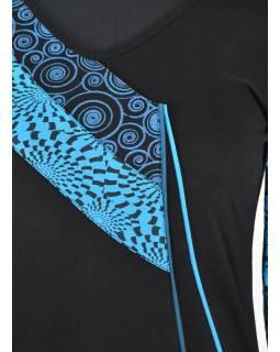 Černo-tyrkysové šaty s dlouhým rukávem, cípy na sukni, potisk