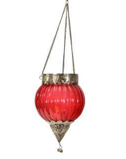 Závěsný skleněný svícen, červený, kovové zdobení, 16x12cm