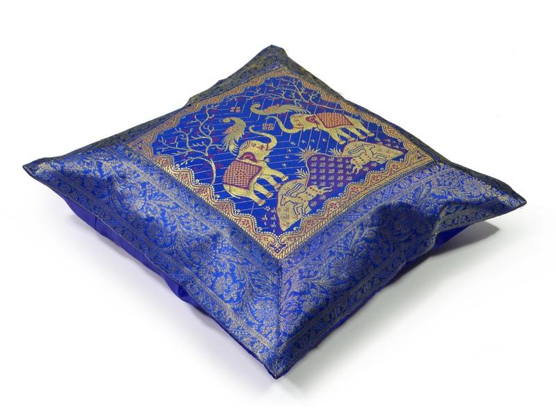 Povlak na polštář, modrý, dva sloni, bohatá zlatá výšivka, 40x40cm