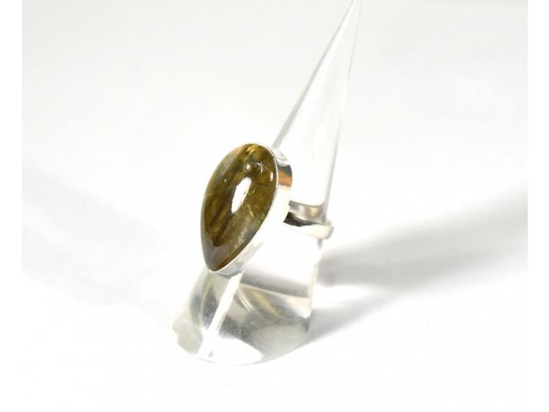 Velký prsten vykládaný labradoritem, postříbřený (10µm)
