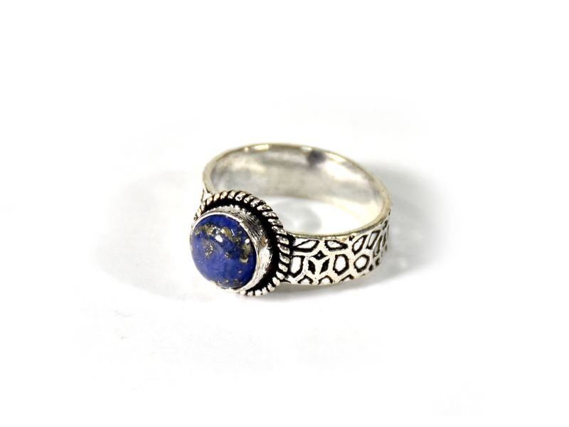 Prsten vykládaný kapisem, postříbřený (10µm)