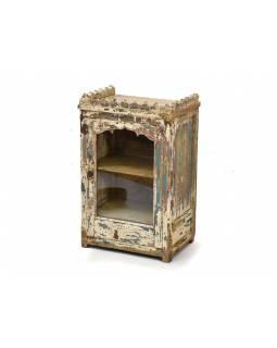 Prosklená skríňka, antik, teakové dřevo, bílá patina, 47x33x73cm