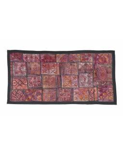 Tapiserie z Rajastanu, patchwork, zlatá výšivka, jemná ruční práce, 132x68cm