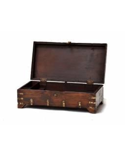 Truhla z antik teakového dřeva, kování, 53x33x27cm