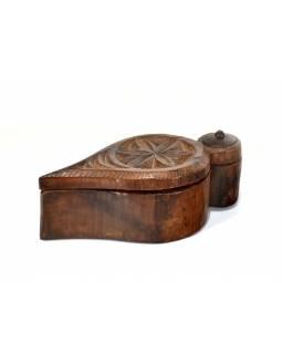 Krabička na Tiku, antik, teakové dřevo, ručně vyřezaná, 17x9x6cm