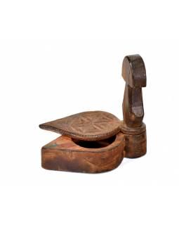 Krabička na Tiku, antik, teakové dřevo, ručně vyřezaná, 15x8x15cm