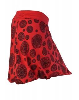 """Krátká červená balonová sukně """"Chakra"""" s černým potiskem a pružným pasem"""