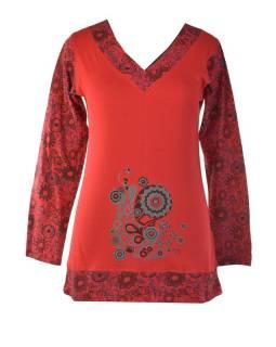 Červené tričko s dlouhým rukávem a výstřihem do V e831431e37
