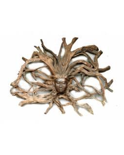Dřevěná hlava Déví z kořene rambutanu, 190x160cm