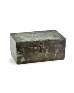 Stará dřevěná truhlička z teakového dřeva, 36x22x17cm