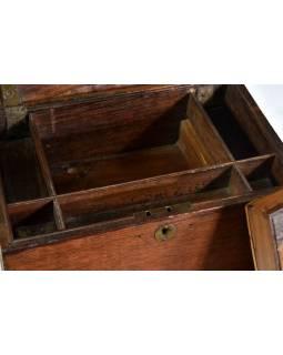 Stará dřevěná truhlička z teakového dřeva, 35x21x17cm