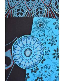 Krátké černo-tyrkysové šaty s krátkým rukávem, mix tisků a výšivka